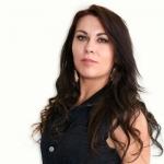 Talks with Singer Musician Simone Eversdijk